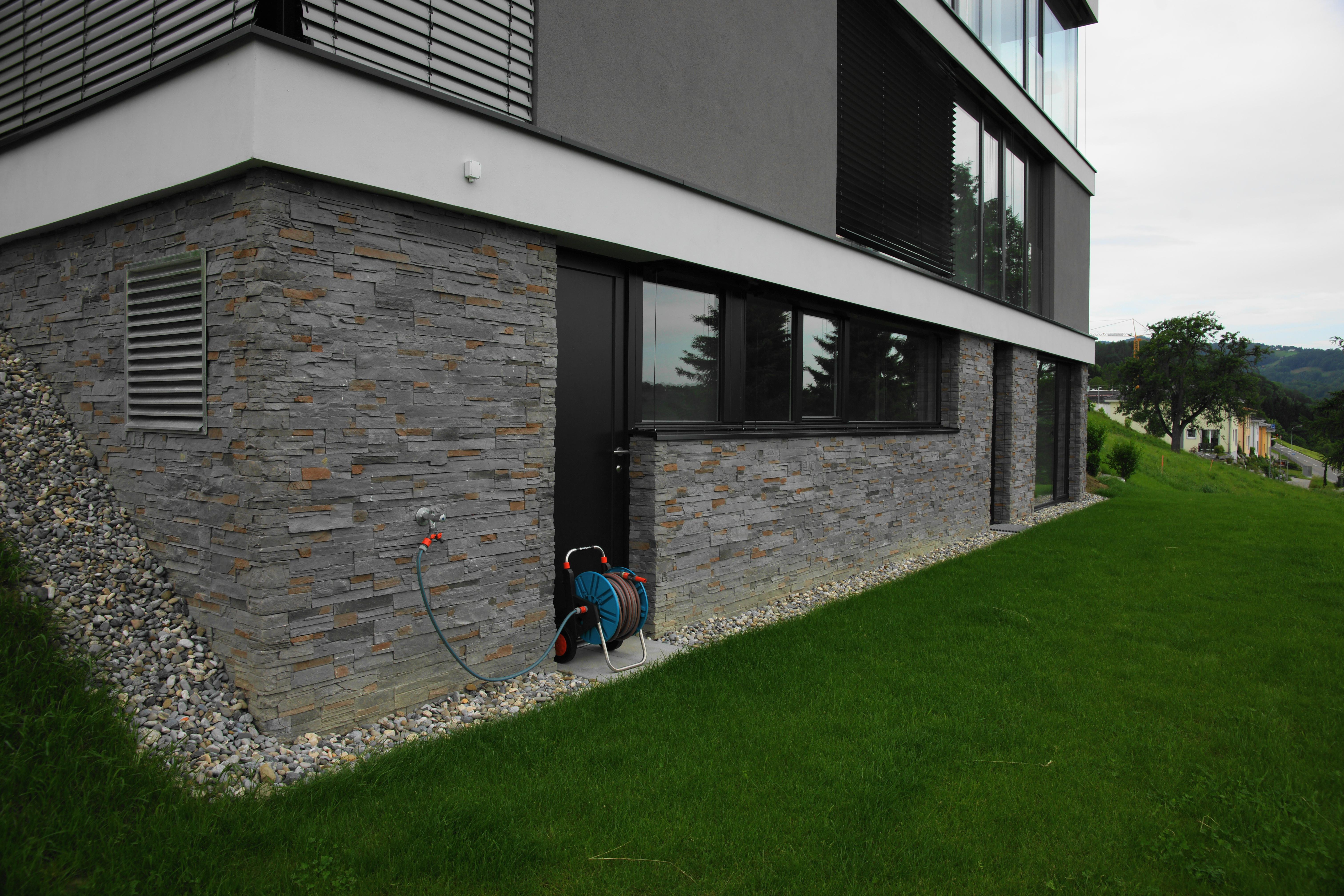 moderne steinfassaden art stonesnews. Black Bedroom Furniture Sets. Home Design Ideas